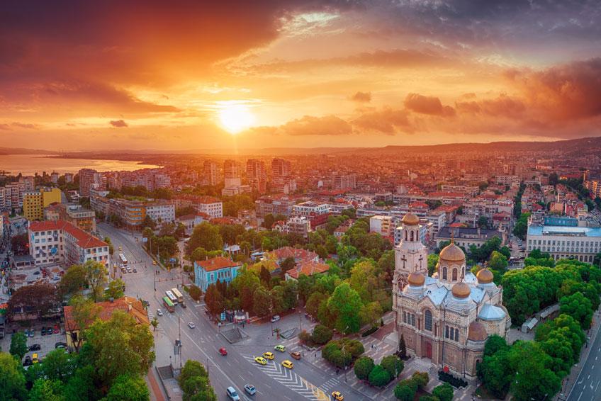 © Valentin Valkov / Shutterstock.com